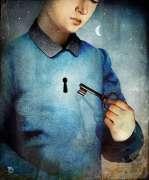 Un niño con Una llave